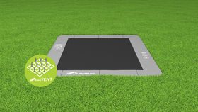 Akrobat_Primus_rectangular_Gray_on_grass