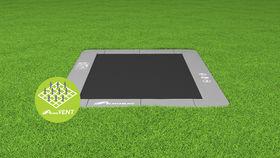 Akrobat_Primus_rectangular_Gray_on_grass